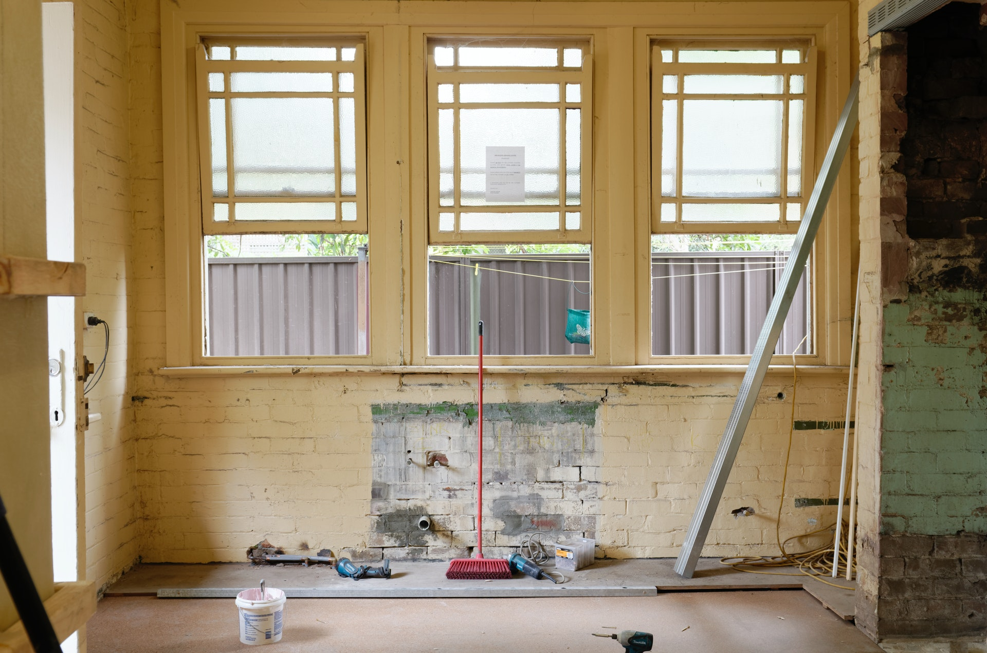 What to Consider When Remodeling an Old Home