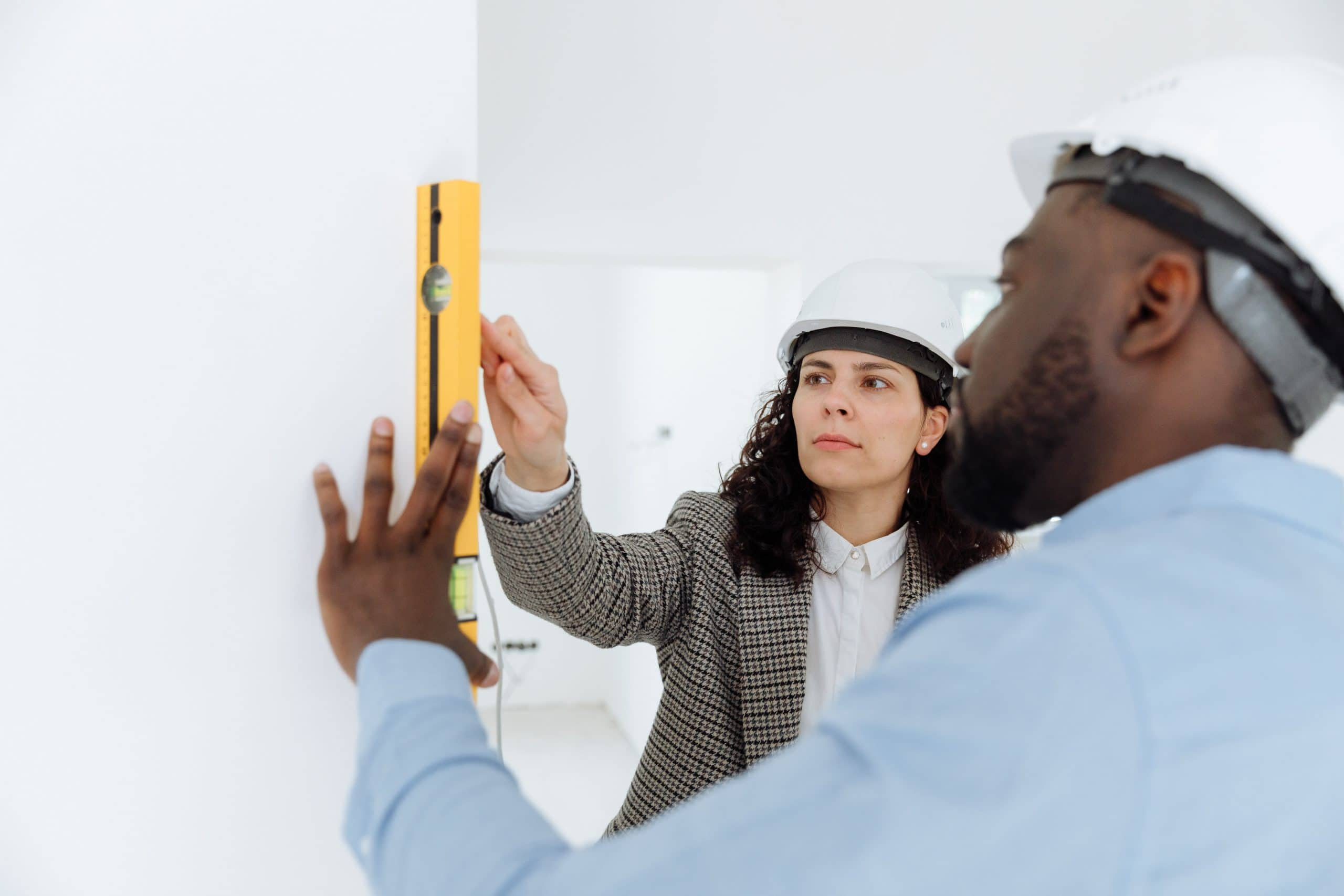 How to Choose a Home Remodeling Contractor: Factors to Consider